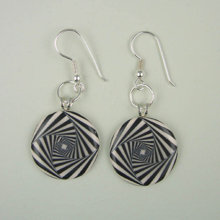 View Square Swirl earrings